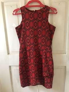 Maroon pattern halter sleeve party dress