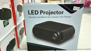 LED PROJECTOR YG320