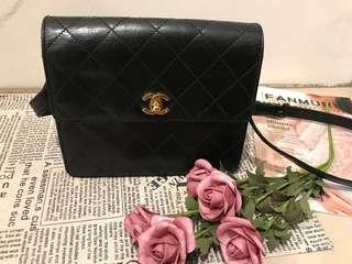 🚚 Chanel vintage 側背包