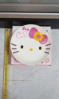 Hello Kitty plate
