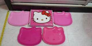 Hello Kitty Tupperware Plates set