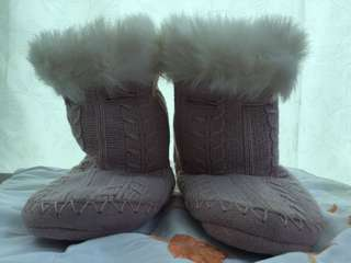 Winter Boots for Snowy Travel