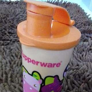 TUPPERWARE TUMBLER