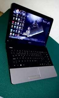 🚚 i7 laptop  acer 14inch