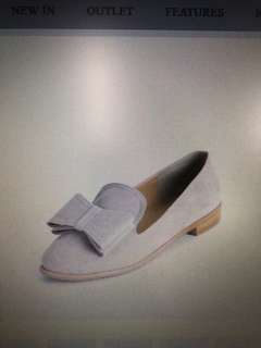Leela Bow Loafers (New) buy from Singapore