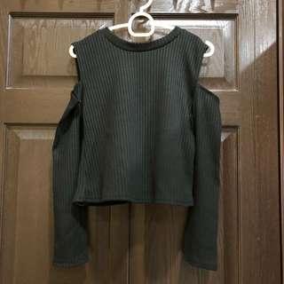 Knitted Cold Shoulder Crop Top