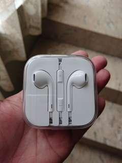 Original Apple Earphones 💯