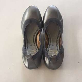 Brand New Doll Shoes