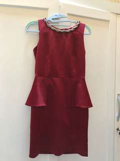 Dress Maron peplum glam BYSI