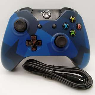 Special Edition Xbox One Midnight Forces Wireless Controller with a Micro USB Charging cable