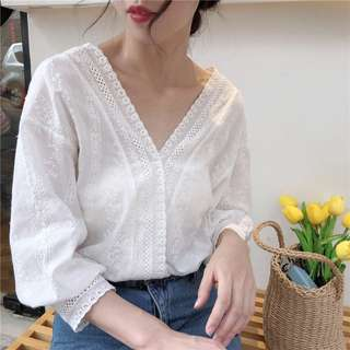 Women White Floral Lace Top