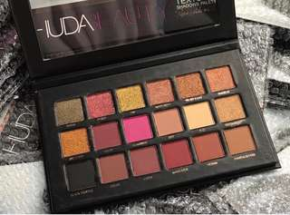 Huda Beauty Eyeshadow Rose Gold Edition‼️FREE NORMAL MAIL‼️