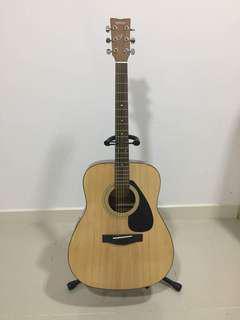 Akustik Yamaha Guitar f310