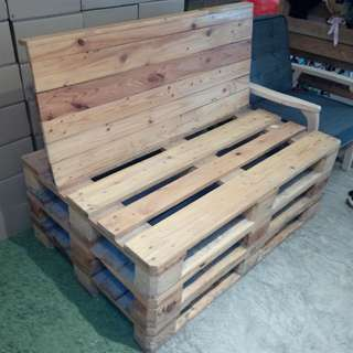 D.I.Y Wooden Chair (Very durable)