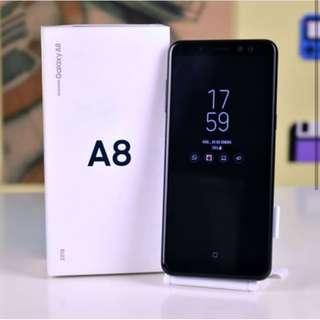 Handphone Samsung Galaxy A8 2018 .