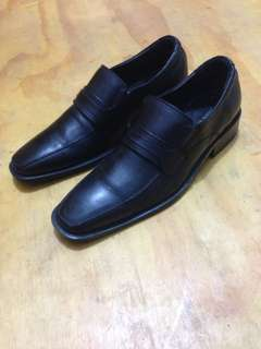 Andre Valentino AVM91076 Lace Up Leather Shoes