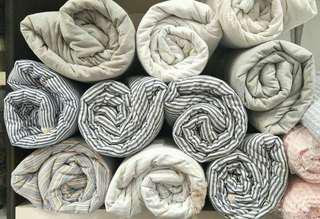 🚚 Premium Cotton Double-Sided Blanket Stripe Design