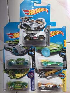 Paket Hot Wheels 5pcs