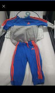 Adidas trackies
