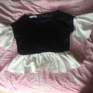 Jolie peplum top