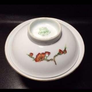 聽雨樓:#WGFC-0010-B:【解放初】中國景德鎮款 手繪粉彩梅花蓋碗一套