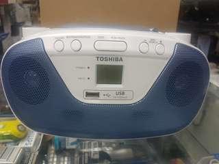 TOSHIBA CD PLAYER WITH USB PLAYER