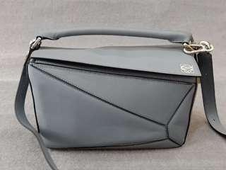 🤩🤩🤩Loewe Puzzle Bag Medium