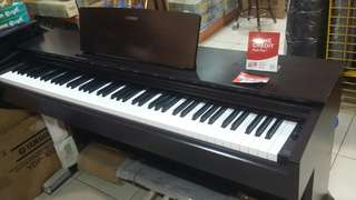 YAMAHA digital piano dis 15 %