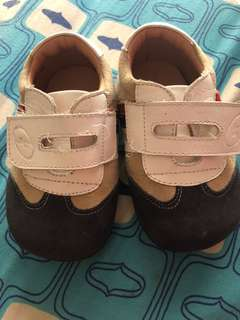 shoes for the baby slightly used