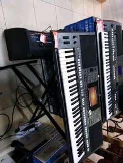 Keyboard & Adaptor Yamaha PSR-970
