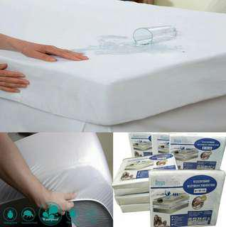 Waterproof Fitted Mattress Protector, Hypoallergenic, Noiseless,Micro-fiber - Super Single Size