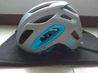 🚚 7idp M2 helmet