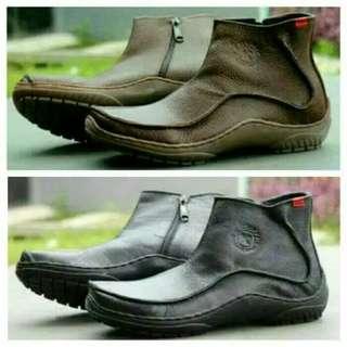 Sepatu boots kickers kulit asli /model resleting