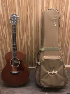 Taylor GS Mini Mahogany with Travelling Guitar Case