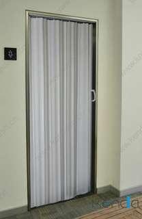 Pemasangan pintu bilik air berminat nak pasang call 01114462610