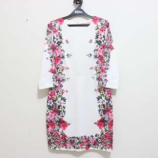 LIKE NEW!!🔥🔥🔥. PREMIUM Flower Dress