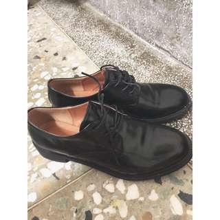 🚚 韓國黑漆皮鞋