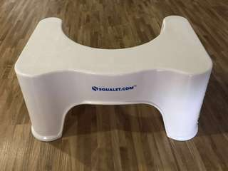 $5 Elevated toilet step up stool anti slip