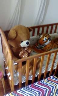 Baby cot strong wooden 4 years kid also can sleep