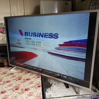 Panasonic 55 inch smart tv 55dx400