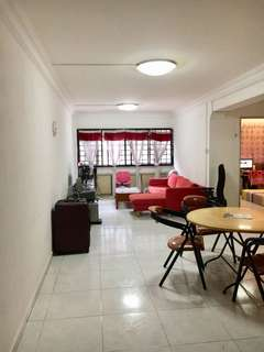 Woodlands 5 rooms flat for sales