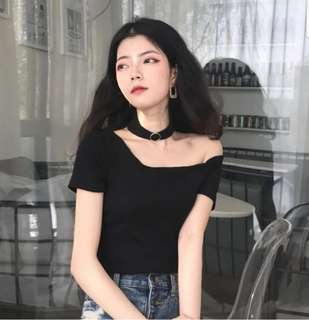 Ring Choker Off Shoulder Top