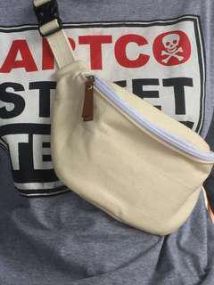 Waist bag/ cross body bag canvas cute never used/ HnM look a like