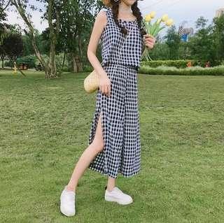 (SET) Checkered Grid Crop Top + Open Slit Culottes Pants