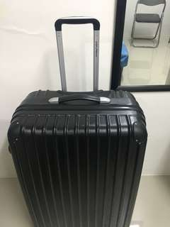 Urban Hard Case Black Luggage (Large)