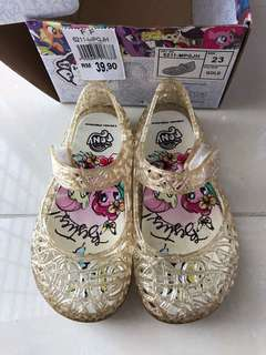 Pony gold shoe size :23