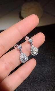 新品 🌟 天然鑽石水滴耳環 🌟 💎