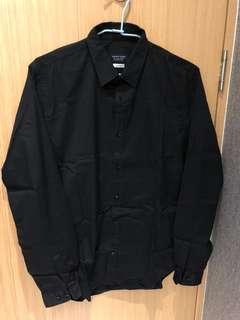 🚚 Zara黑色素面襯衫