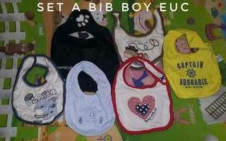 set a baby boy bib
