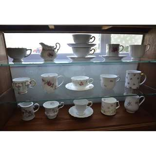 Vintage Mugs and Teacups/Saucers with single Rose/flower